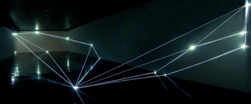 09 CARLO BERNARDINI, Permeable Space 2004, optic fibres, feet h 12x33x75, Passo Imperiale Museum, Rio de Janeiro.
