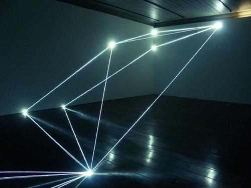 12 CARLO BERNARDINI, Permeable Space 2004; optic fibres, feet h 12x33x75 (part.), Passo Imperiale Museum, Rio de Janeiro.