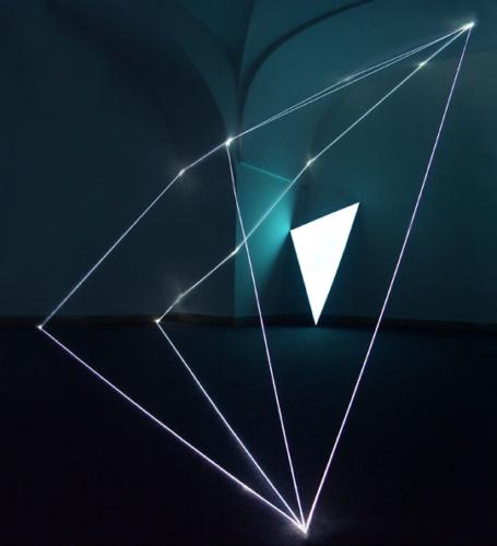 19 CARLO BERNARDINI, PERMEABLE SPACE 2003, Optic fibres, electro-luminescent surfase, feet h 10x15x13, XIV Quadriennial, Palazzo Reale, Napoli.