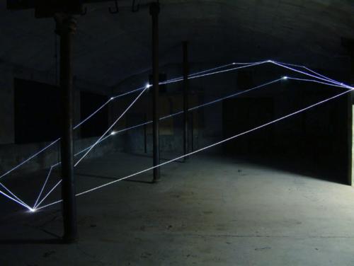 34 CARLO BERNARDINI, PERMEABLE SPACE 2003 Optical fibres, feet h 15x75x30, Spazio Como, Como.