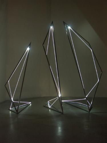 15 CARLO BERNARDINI, Light Line 2004, Stainless steel, optic fibers, feet h 10x7x10, Fioretto Gallery, Padova.