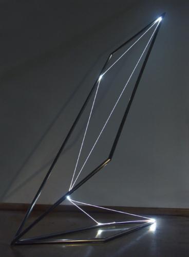 19 CARLO BERNARDINI, Space Drawing 2003, Stainless steel, optical fibers, feet h 8x3,5x5.