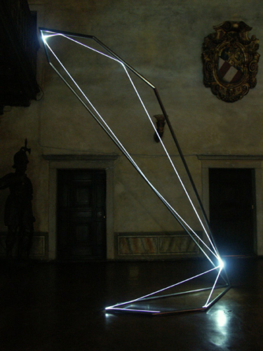 26 CARLO BERNARDINI, States of Lighting 2005, stainless steel, optic fibers, feet h 14x5x3; Gorizia, Castello di Gorizia.