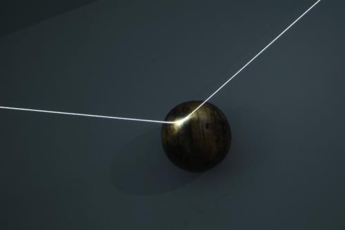08 CARLO BERNARDINI, Event Horizon 2007, optic fibers, stainless steel spheres; feet h 7x21x17,5 (part.). Como, Allarmi3, Casema De Cristoforis.