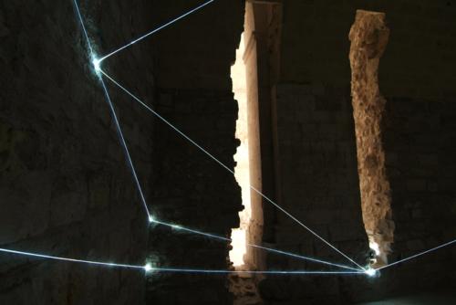 11 CARLO BERNARDINI, Light Catalyst 2007, optic fibers, feet h  10,5x17,5x14 (part.). Trani, Castello Svevo.
