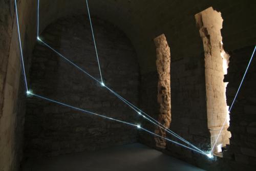 12 CARLO BERNARDINI, Light Catalyst 2007, optic fibers, feet h  10,5x17,5x14 (part.); Trani, Castello Svevo.