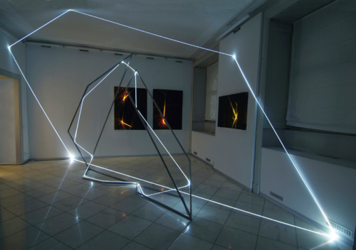 20 CARLO BERNARDINI BARBARA DEPONTI, INTERACTIONS strukturespacelight 2007  stainless steel, optic fibers, acrilic on paper retroillumination. Como, Milly Pozzi Gallery.