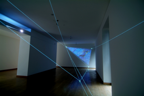 07 CARLO BERNARDINI – MANU SOBRAL, THE FOURTH DIRECTION OF SPACE 2008, Project 2004; Optic fibers, interactive video, sound, feet h 11x20x47. Bruna Soletti Gallery, Milan.