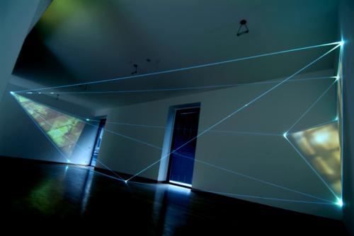 08 CARLO BERNARDINI – MANU SOBRAL, THE FOURTH DIRECTION OF SPACE 2008, Project 2004; Optic fibers, interactive video, sound, feet h 11x20x47; Bruna Soletti Gallery, Milan.