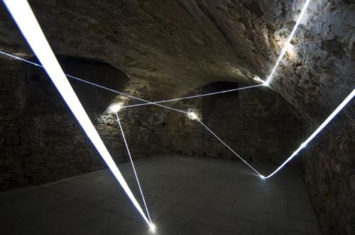 29 CARLO BERNARDINI, LIGHT ACCUMULATOR 2008, Fiber optic installation, feet h 11x22x14; Triefenstein Homburg (Frankfurt), Kunst in Schloss Homburg.