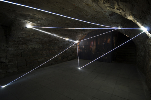 30 CARLO BERNARDINI, LIGHT ACCUMULATOR 2008; Fiber optic installation, feet h 11x22x14. Triefenstein Homburg (Frankfurt), Kunst in Schloss Homburg.