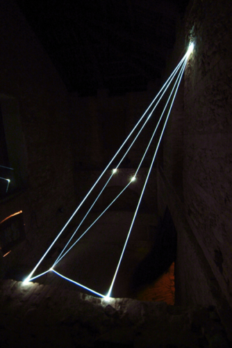 39 CARLO BERNARDINI, SPACE INTERRELATIONS 2008, Fiber optic installation, feet h 22x14x35; Rivara (TO) Castello di Rivara.