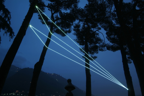07 CARLO BERNARDINI, CODICE SPAZIALE 2009, Installazione ambientale in fibre ottiche, h da terra mt 10x4x9; Villa del Grumello, Como.