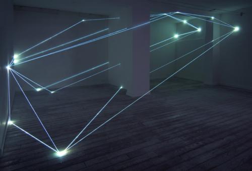 19 CARLO BERNARDINI, CODICE SPAZIALE 2009, Fibre ottiche mt h 3,60x8,50x6. Grossetti Arte Contemporanea, Milano.