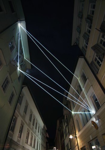 49 Carlo Bernardini, Raumzeichnung mit Licht 2010; optic fibers installation, feet h (from ground)58x25x44. Via Dr. Streiter, Bolzano.