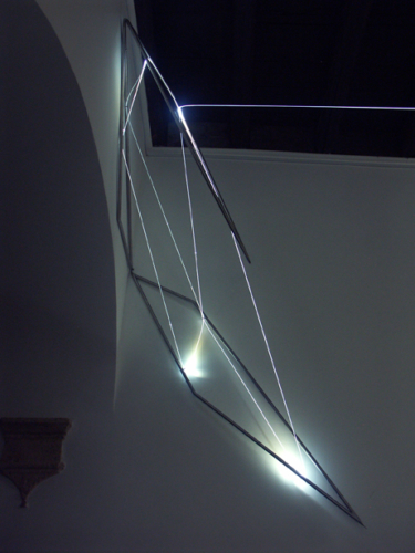 55 Carlo Bernardini, Progressive Code 2010; optic fibers, stainless steele, feet h 4,5x3x2,5; Delloro Arte Contemporanea, Rome.