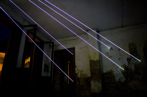 64 Carlo Bernardini Aprite la Luce, 2011 Fibre ottiche mt h 3 x 11 x 6. Palazzo Anas, Comodamente, Vittorio Veneto