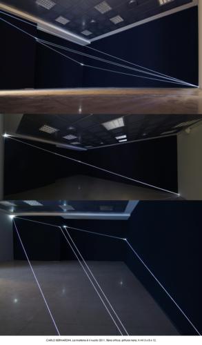 68 Carlo Bernardini La materia è il vuoto, 2011 Fibra otticha, wall drawing mt h 3 x 8 x 12. Banca Akros, Milano