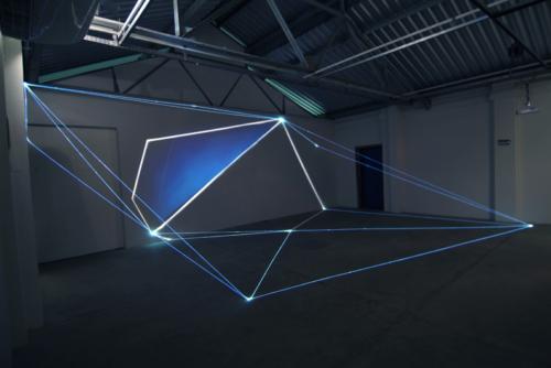 01 Carlo Bernardini Light Tension, 2012 Optic fibers, video, light projection, feet h 11 x 44 x 30. Funarte, FAD Festival de Arte Digital, Belo Horizonte