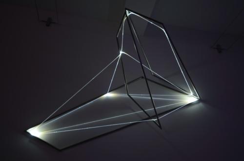 15 Carlo Bernardini Matter is the vacuum, 2012 Optic fibers, stainless steel, feet h 5 x 8 x 4,5. Grossetti arte contemporanea, Milano