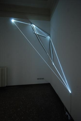 17 Carlo Bernardini Matter is the vacuum, 2012 Optic fibers, stainless steel, feet h 14 x 14 x 7. Oltre L'attimo, ArteFiera Off, via Belle Arti 15, Bologna