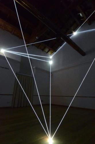 Presence in the vacuum, 2013Fibra ottica, mt h 6 x 7 x 6.Catanzaro, Complesso Monumentale del San Giovanni.