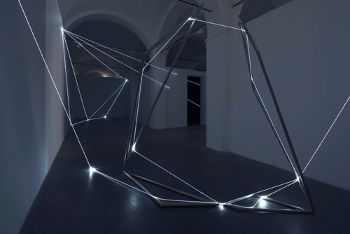 06 Carlo Bernardini Beyondlimit, 2016 Fiber optic installation, mt h 3 x 4 x 4,5. Mata, Ex Manifattura tabacchi, Modena