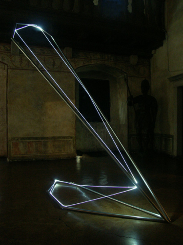 19 CARLO BERNARDINI, States of Lighting 2005, stainless steel, optic fibers, feet h 14x5x3. Gorizia, Castello di Gorizia.