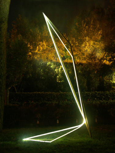 24 CARLO BERNARDINI, Light Line 2003, stainless steel, optic fibers, feet h 14x4,5x3. Rome, Ministero degli Affari Esteri.