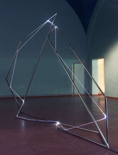 27 CARLO BERNARDINI, Light Catalyst 2007, stainless steel, optic fibers, feet h 9x10x4; Pavia, Museo Civico, Visconteo Castel.