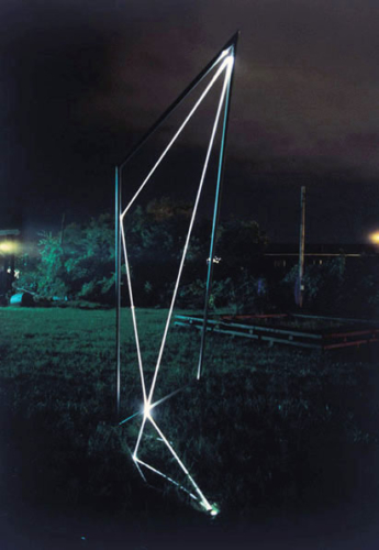 34 CARLO BERNARDINI, Space Drawing 2002, Stainless steel, optical fibers, feet h 10x3x3; Sculpture Space, Utica, New York.
