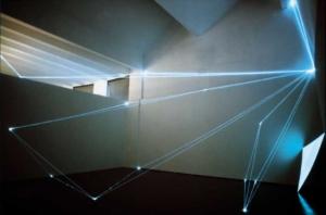 03 CARLO BERNARDINI, SPAZI PERMEABILI 2002 Fibre ottiche, superficie elettroluminescente, mt h 9x13x11, Triennale di Milano.