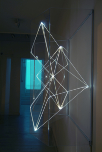26 CARLO BERNARDINI, Volumi Virtuali 2001, Optical fibres, plexiglass, feet h 3,5x4,5x1,5