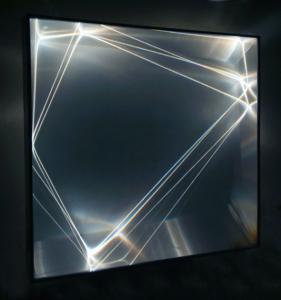 26 CARLO BERNARDINI, Catalizzatore di Luce  2006, fibre ottiche, superficie olf, plexiglass, alluminio, h cm 95x100x25.