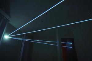 26 CARLO BERNARDINI, INTERRELAZIONI NELLO SPAZIO 2008, Installazione in fibre ottiche mt h 3x7x10; Rivara (TO) Castello di Rivara.