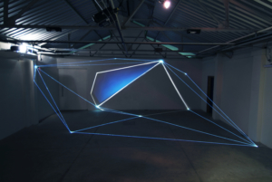02 Carlo Bernardini Light Tension, 2012 Fibre ottiche, video, proiezione luce, mt H 3 x 12 x 8. Funarte, FAD Festival de Arte Digital, Belo Horizonte