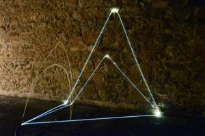31 Carlo Bernardini Riflesso d'ombra, 2014 Fibra ottica, acciaio inox, cm h 230 x 250 x 180. Museo Comunale di arte Contemporanea, Arezzo