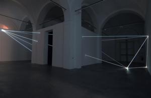 01 Carlo Bernardini Oltrelimite, 2016 Fibra ottica, dimensione ambiente, mt h 4,5 x 11 x 12. Mata, Ex Manifattura tabacchi, Modena