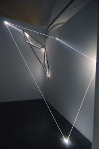 08 Carlo Bernardini Oltrelimite, 2016 Fibra ottica, acciaio inox, dimensione ambiente, mt h 3 x 4 x 2. Mata, Ex Manifattura tabacchi, Modena