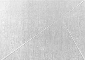 03 CARLO BERNARDINI, Divisione dell'Unità Visiva 1996, pigmenti in polvere acrilici bianchi e fosforo su tavola, cm h 91x128 (in luce reale).