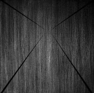 08 CARLO BERNARDINI, Superficie virtuale con linee di luce:ombra 1996, pigmenti in polvere acrilici bianchi e fosforo su tavola, cm h 175x175 (al buio).