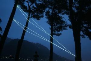 09 CARLO BERNARDINI, CODICE SPAZIALE 2009, Installazione ambientale in fibre ottiche, h da terra mt 10x4x9, Villa del Grumello, Como.