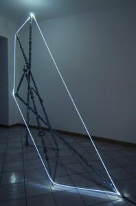 15 CARLO BERNARDINI, Accumulatore di Luce 2007; Alberi a cammes, fibra ottica, mt h 2,30x2,50x1.