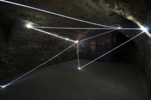30 CARLO BERNARDINI, ACCUMULATORE DI LUCE 2008; Installazione ambientale in fibre ottiche, mt h 3x6x4. Triefenstein Homburg (Frankfurt), Kunst in Schloss Homburg.